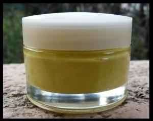 Environ 50 ml de crème